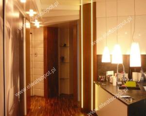 oświetlenie LED - podłogowe, boczne i sufitowe